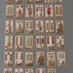 35 Spielkarten eines Bayerischen Kartenblatts des Kartenmalers Michael Schatberger