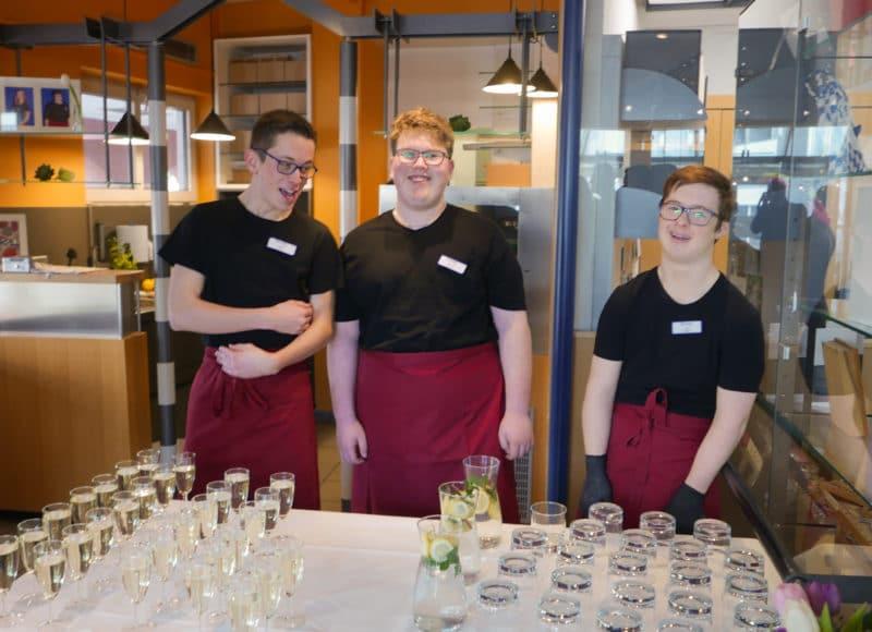 Die Betreiber des Inklusionscafe bei der Auftaktveranstaltung im Handwerksmuseum Deggendorf