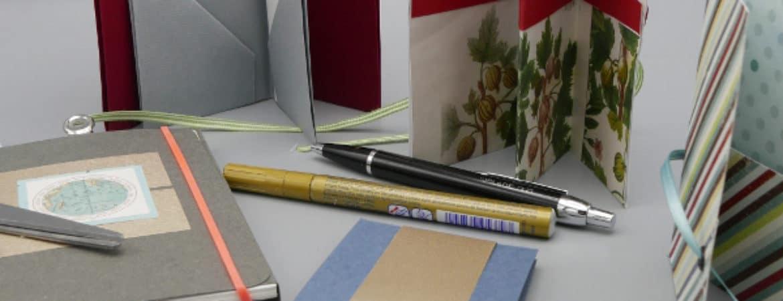"""Ausstellungsstücke Workshop """"Blattwerk"""" im Handwerksmuseum Deggendorf"""