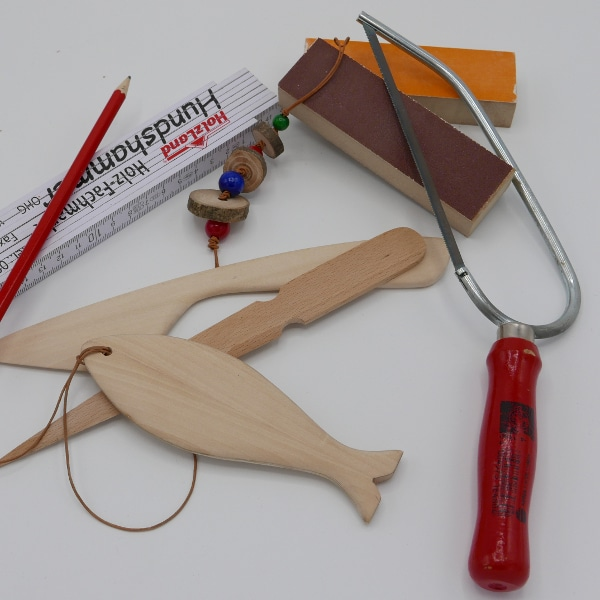 Utensilien eines Schreiners aus dem Workshop für Kinder