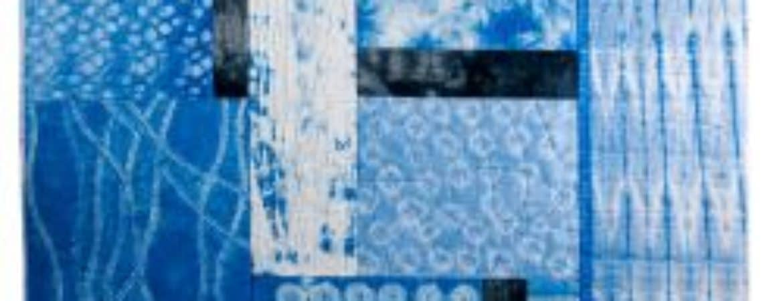 """Gefärbter Stoff aus dem Workshop """"Stoffe färben mit Shibori-Technik"""" im Handwerksmuseum Deggendorf"""
